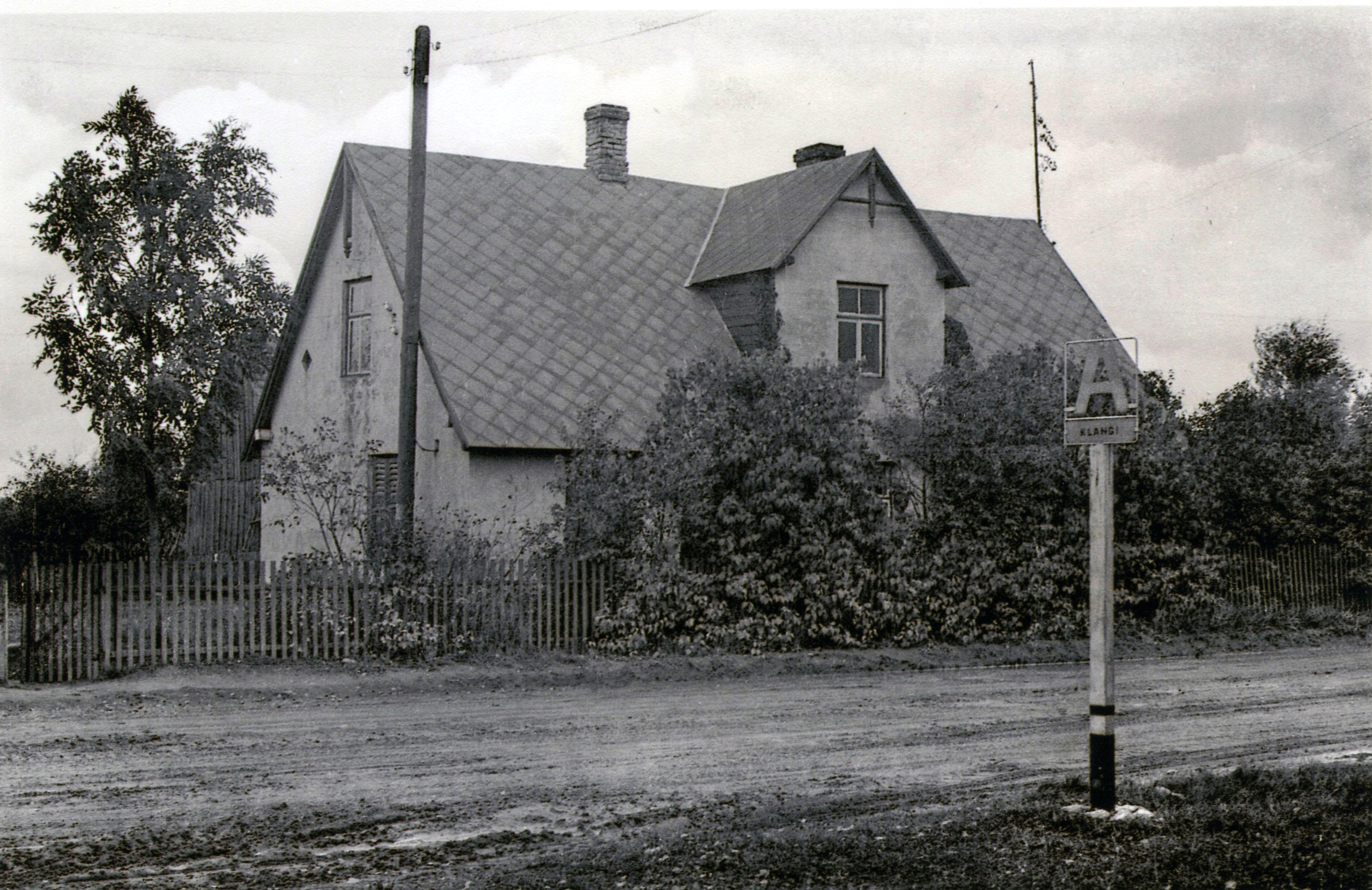 Autobusa pietura pie Jaunklaņģiem; 20. gs. 60. gadi. K. Kalsera arh.